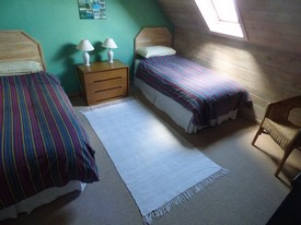 Upstairs bedroom 2